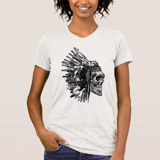 Camiseta T-shirt tribal do gráfico do crânio, das armas e