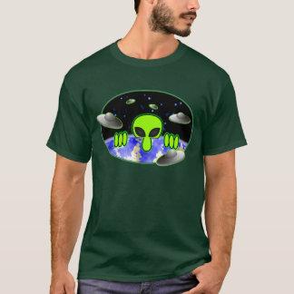 Camiseta T-shirt verde estrangeiro de Kilroy