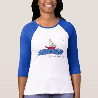 Camiseta T-shirt vivo do esboço das gaivotas do barco de