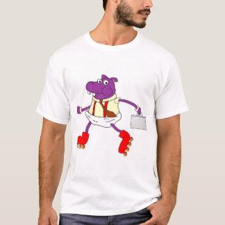 Camiseta T tradicional do hipopótamo do Rollerskating