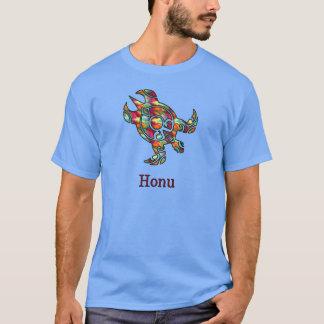 Camiseta Tartaruga de mar havaiana tribal no arco-íris
