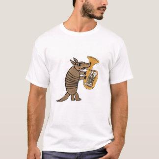 Camiseta Tatu dos BU que joga o t-shirt da tuba