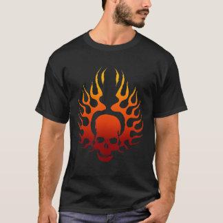 Camiseta Tatuagem flamejante do crânio