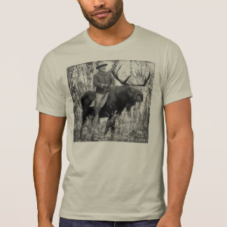 Camiseta Teddy Roosevelt que monta um alce de Bull