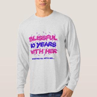 Camiseta Tendendo o 10o design do aniversário do casamento