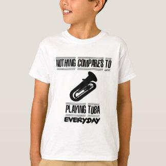 Camiseta Tendendo o design do jogador da tuba
