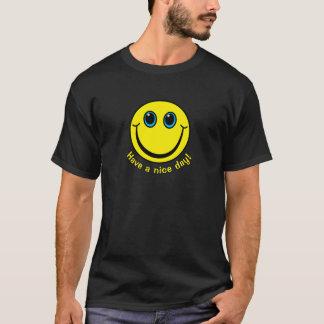 Camiseta Tenha um smiley face do dia agradável