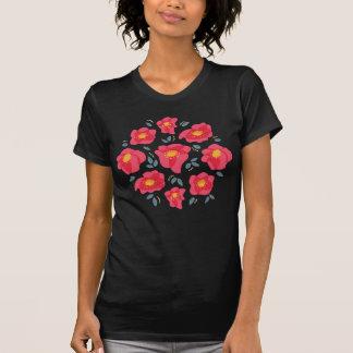Camiseta Teste padrão floral do primavera com as pétalas