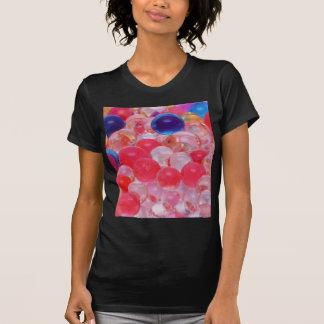 Camiseta textura das bolas da água