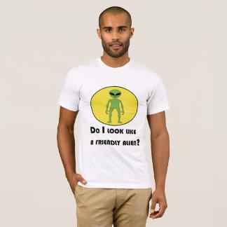 Camiseta Tipo da alienígena amigável