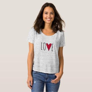 Camiseta Tipografia vermelha do coração do amor do dia dos
