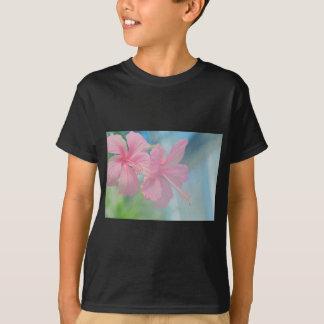 Camiseta Tiro macro macio de flores cor-de-rosa do hibiscus