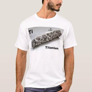 Camiseta titânio