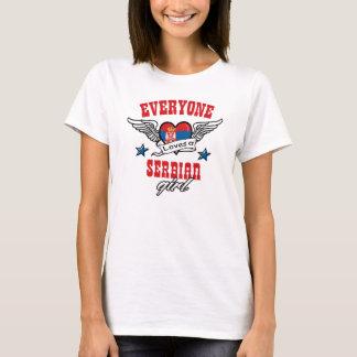 Camiseta Todos ama uma menina sérvio