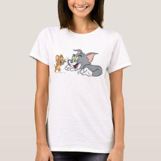 Camiseta Tom e Jerry fazem as caras