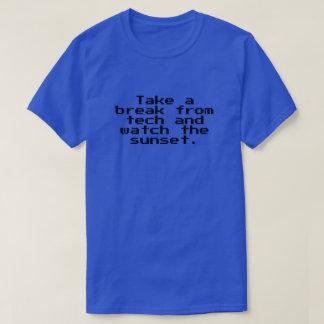 Camiseta Tome uma ruptura da tecnologia e olhe o por do sol