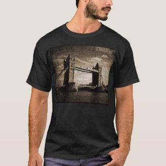 Camiseta Tower_Bridge