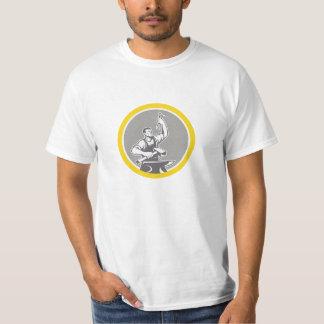 Camiseta Trabalhador do ferreiro que guardara o círculo