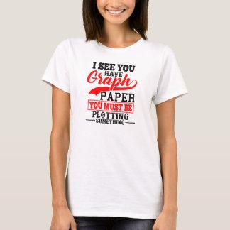 Camiseta Traço do papel de gráfico da matemática algo