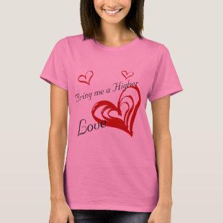 Camiseta TRAGA-ME UM AMANTE MAIS ALTO no rosa