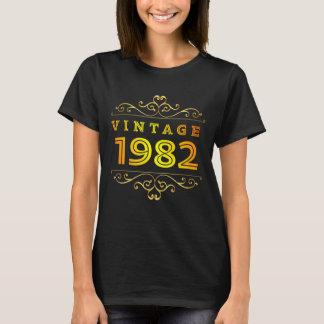 Camiseta Traje do vintage 1982. 36th T-Camisa do