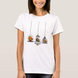 Camiseta Três Birdcages do vintage com pássaros coloridos