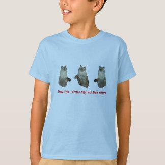 Camiseta Três gatinhos pequenos
