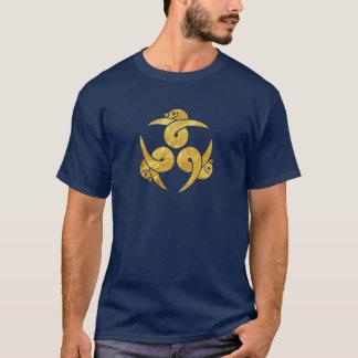 Camiseta Três japoneses Kamon dos gansos no ouro do falso