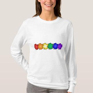 Camiseta Trevos da folha do arco-íris quatro