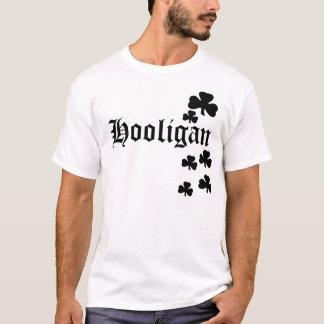 Camiseta Trevos pretos do hooligan