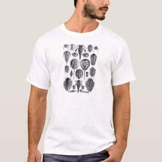 Camiseta Trilobites e fósseis em preto e branco