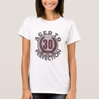 Camiseta Trinta e envelhecido ao aniversário da perfeição