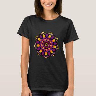 Camiseta Tshirt divino de activação das senhoras da mandala