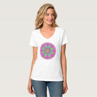 Camiseta Tshirt do V-Pescoço das mulheres feitas sob