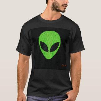 Camiseta Tshirt estrangeiro do verde da cara