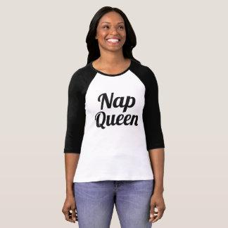 Camiseta Tshirt preto e branco do slogan da rainha da sesta