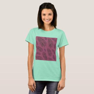 Camiseta Tshirt tirado mão dos desenhistas ciano com folhas