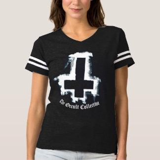 Camiseta Tshirt transversal invertido preto do jérsei do
