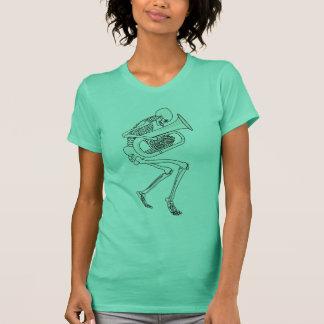 Camiseta Tuba que joga o esqueleto