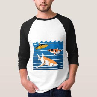 Camiseta Tubarões de Koi
