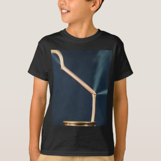Camiseta Tubulações de cobre com um escape e um vapor