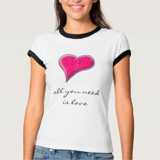 Camiseta Tudo que você precisa é amor