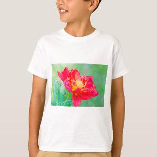 Camiseta Tulipa macro bonita sobre o fundo verde