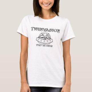 "Camiseta TWINVASION ""estão aqui! """