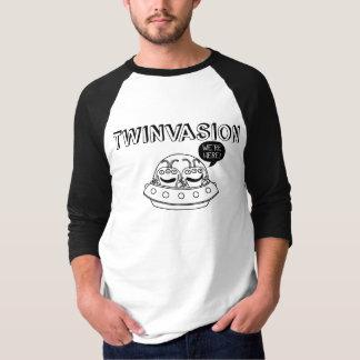 "Camiseta TWINVASION ""nós estamos aqui! """