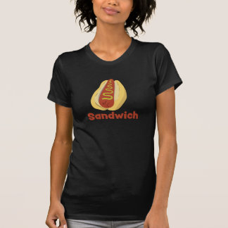 Camiseta Um cachorro quente é um t-shirt do sanduíche