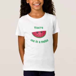 Camiseta Um em uma melancia bonito engraçada de Kawaii do