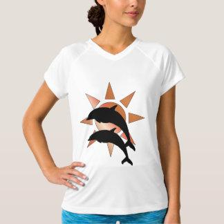 Camiseta Um golfinho ensolarado