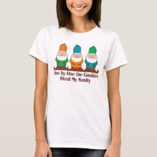 Camiseta Um por um os gnomos roubam minha sanidade