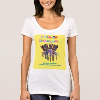 Camiseta Um t-shirt do jardim de infância da cor (mulheres)